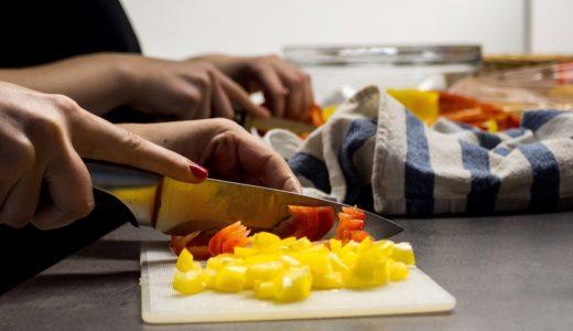 栄養士になるには?仕事内容・資格取得方法について詳しく紹介